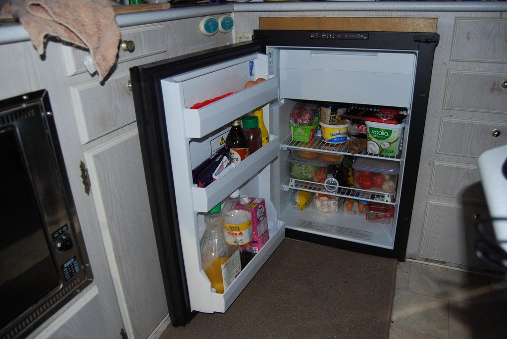 New fridge now working...